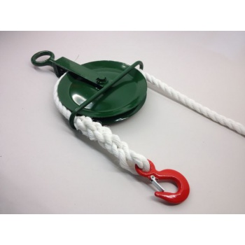 Gin Block c/w Safety Hook & Rope